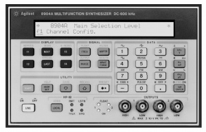 HP/AGILENT 8904A/4 SIGNAL GENERATOR, MULTIFUNCTION 0 HZ-600 KHZ. OPT. 4
